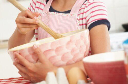 Cocinar con niños pequeños. Receta Tortitas de papa y atún.